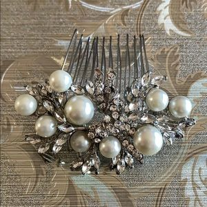 Accessories - Pearl Crystal Hair Pin Clip